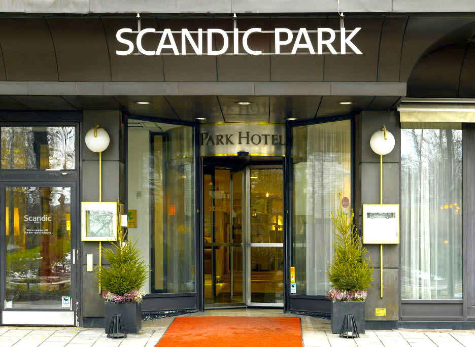 scandic-park-entrance